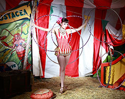 Burlesque Extravaganza at Barefoot Festival 2019